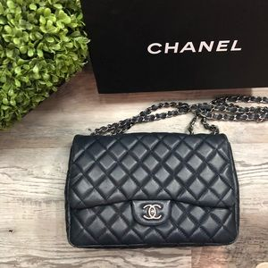 CHANEL Caviar Leather Jumbo Single Flap Bag